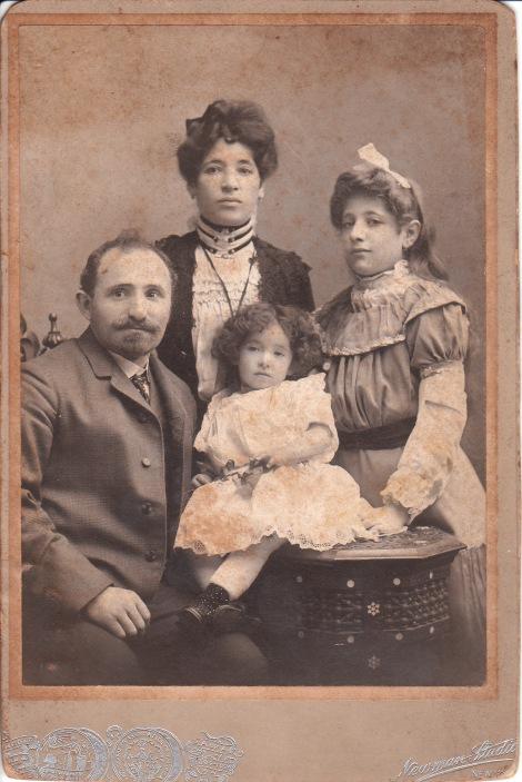 jewish-family1