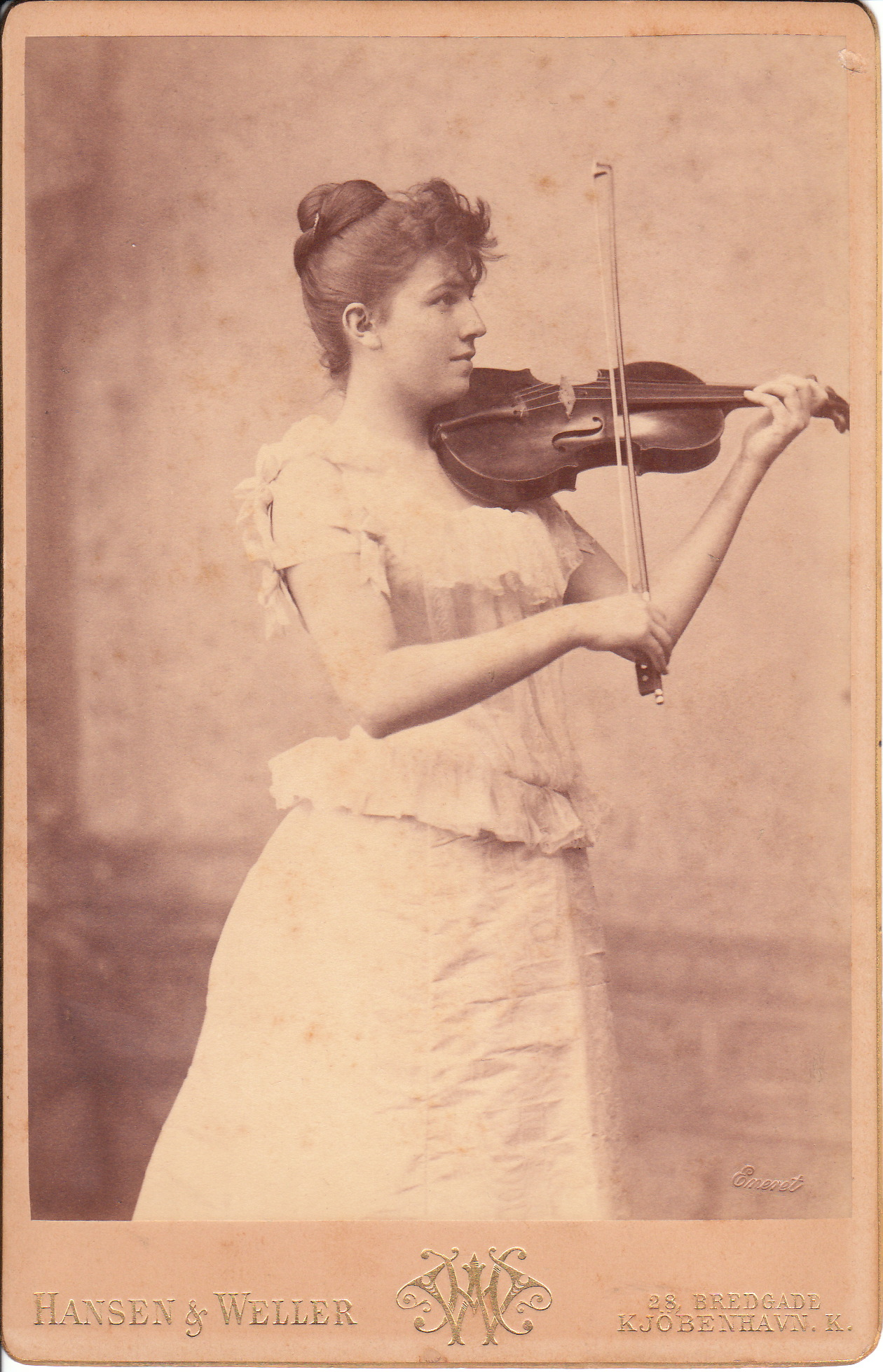 Violin The Cabinet Card Gallery