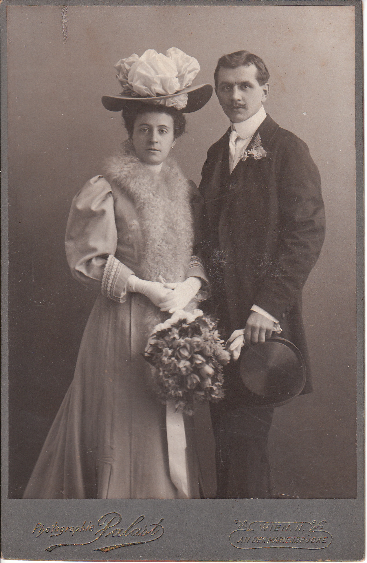 Dating cabinet card photography