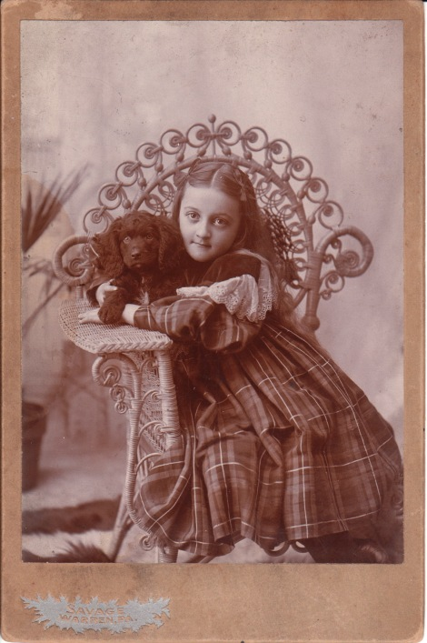 GIRL AND DOG_0001
