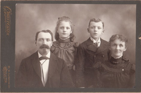 duluth family_0003
