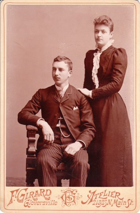 GLOVERSVILLE COUPLE_0001