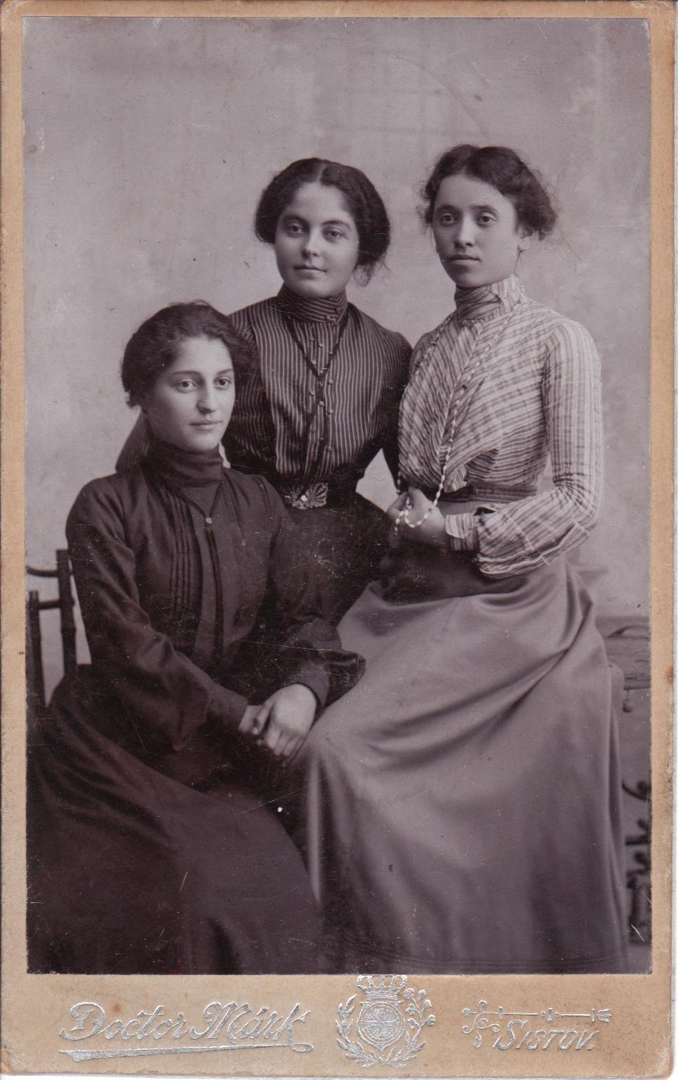 BULGARIA SISTERS