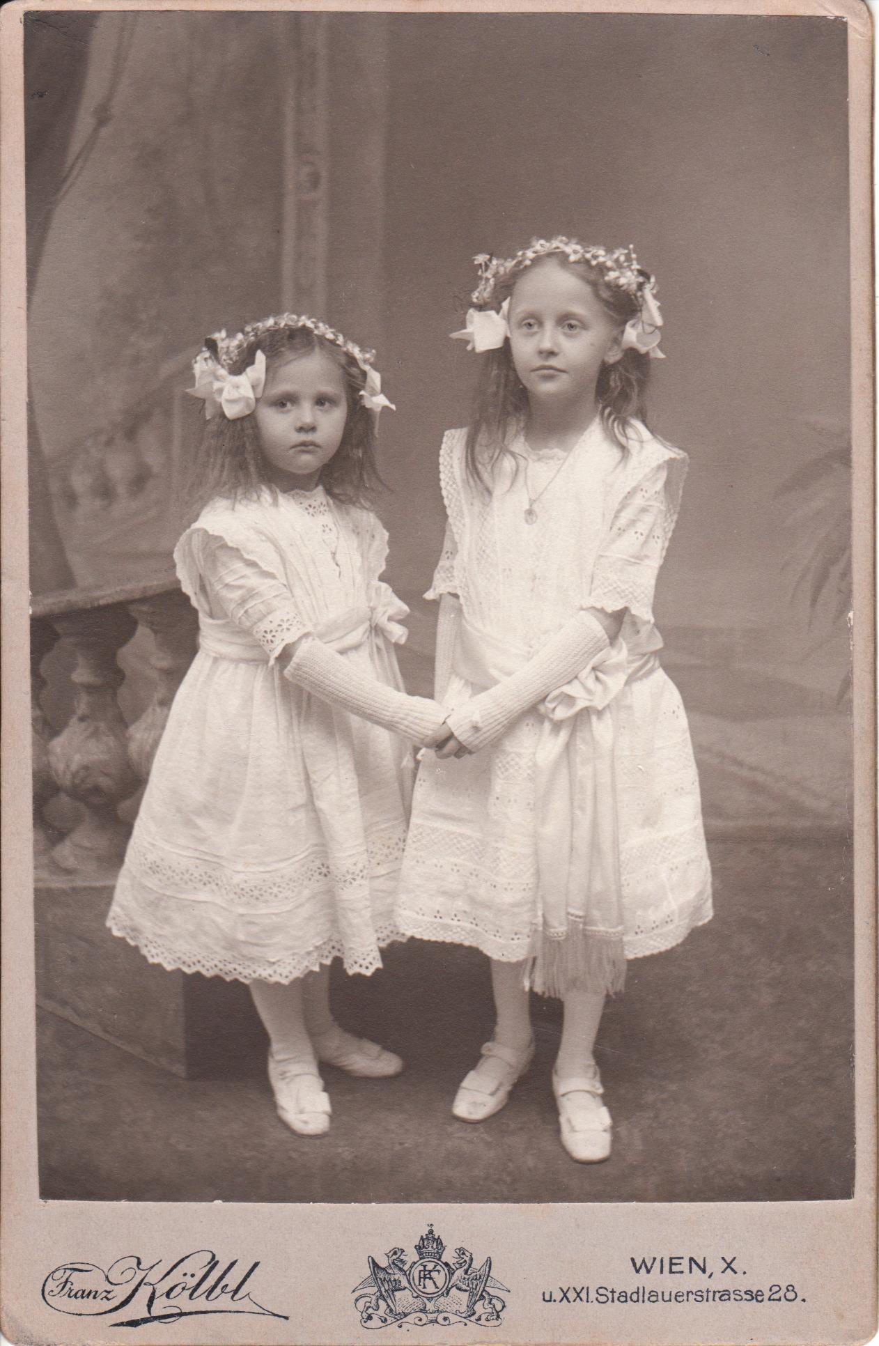 VIENESSE SISTERS