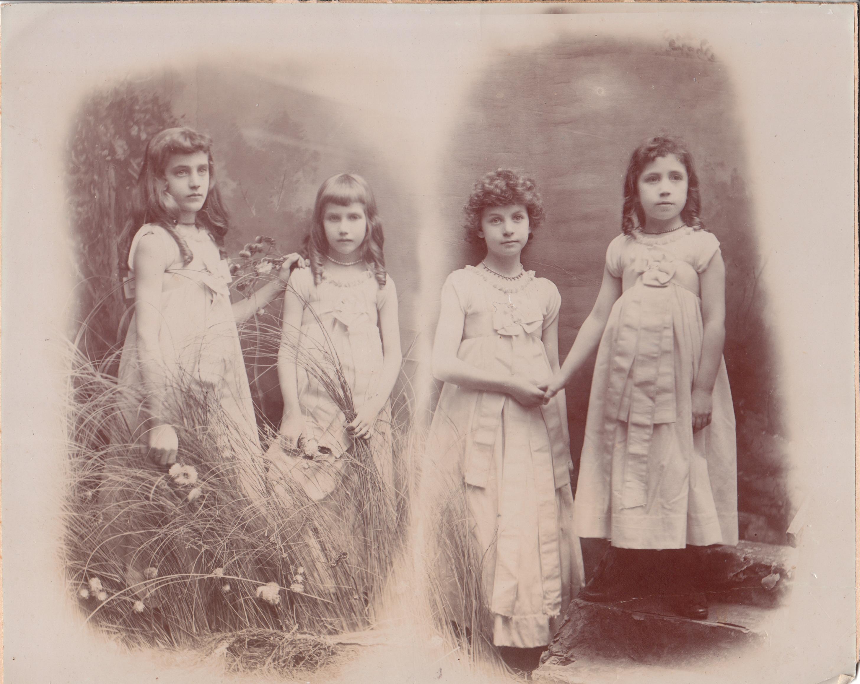 bridesmaids2