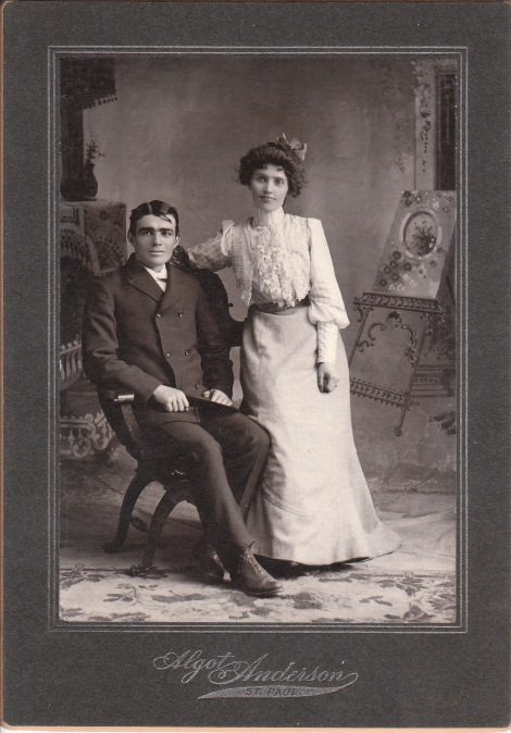 couple f_0006