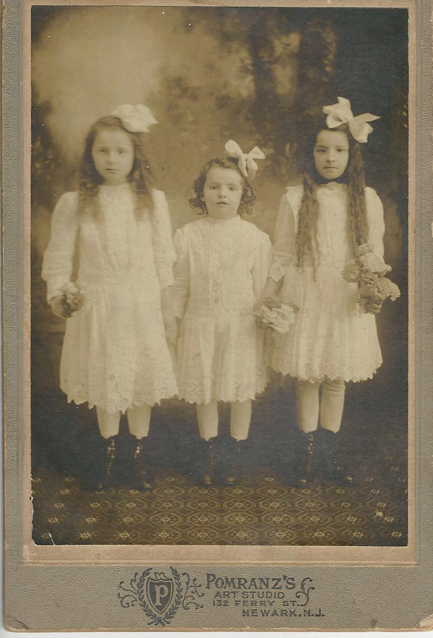 three sistersf