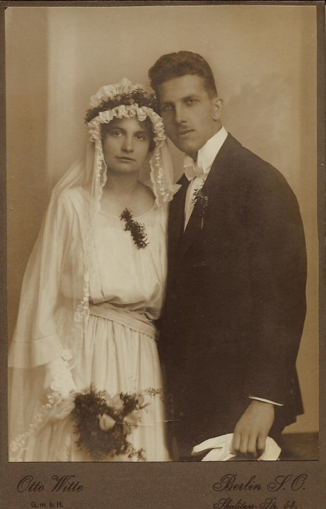 wedding couple 5 1