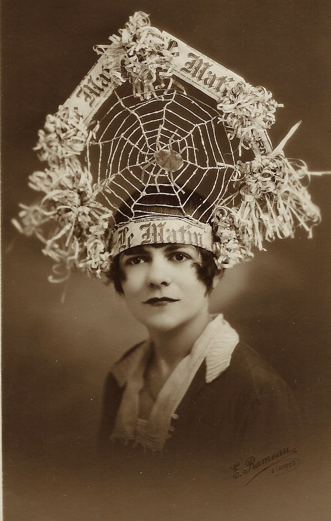 Good Morning Pretty Lady In French : Spider woman pretty lady with a most incredible hat