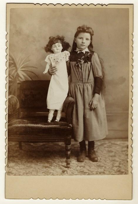 doll girl 2