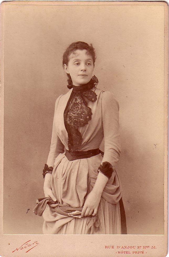 Nadar,_Félix_-_Gabrielle_Réjane_(1856-1920)