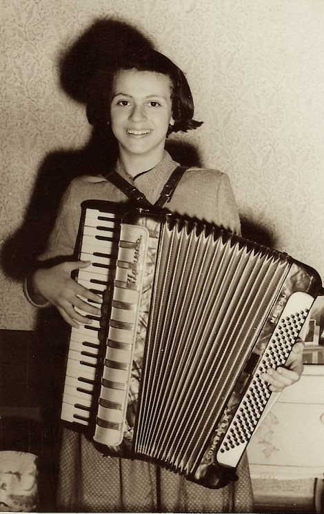 accordion 1