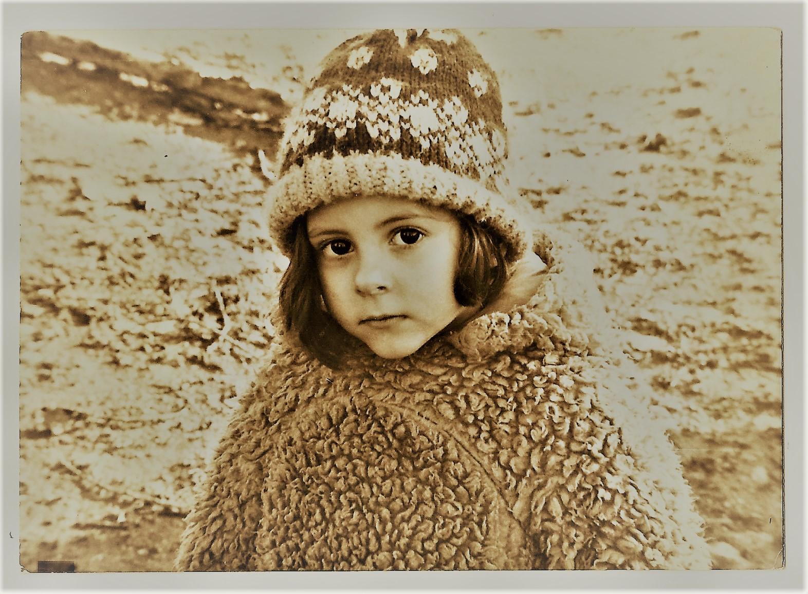 winter girl 2020-04-07_231335